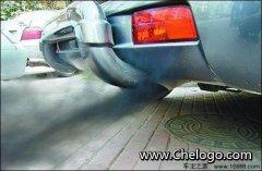 汽车冒烟怎么回事 汽车冒烟三种颜色识别烟雾的种类