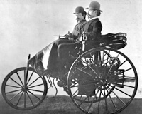 世界上第一辆汽车是什么样子?