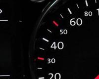 为什么大众车码表上30和50处是红色的?